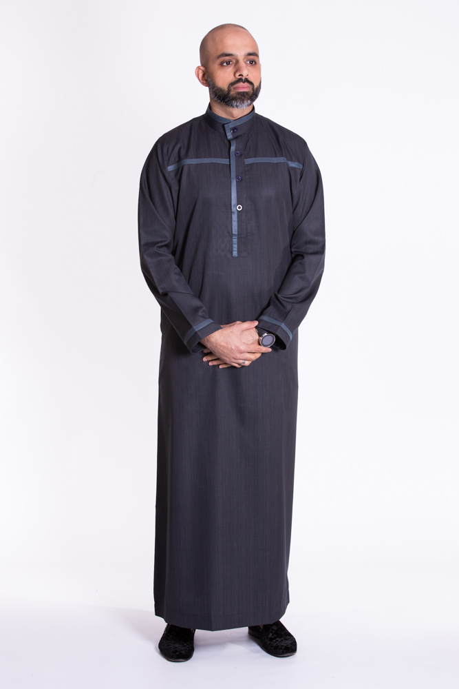 Black Buttoned Collar Style Jubba