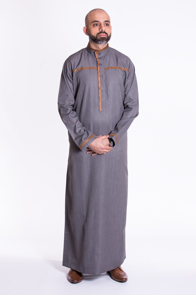 Gray Buttoned Collar Jubba