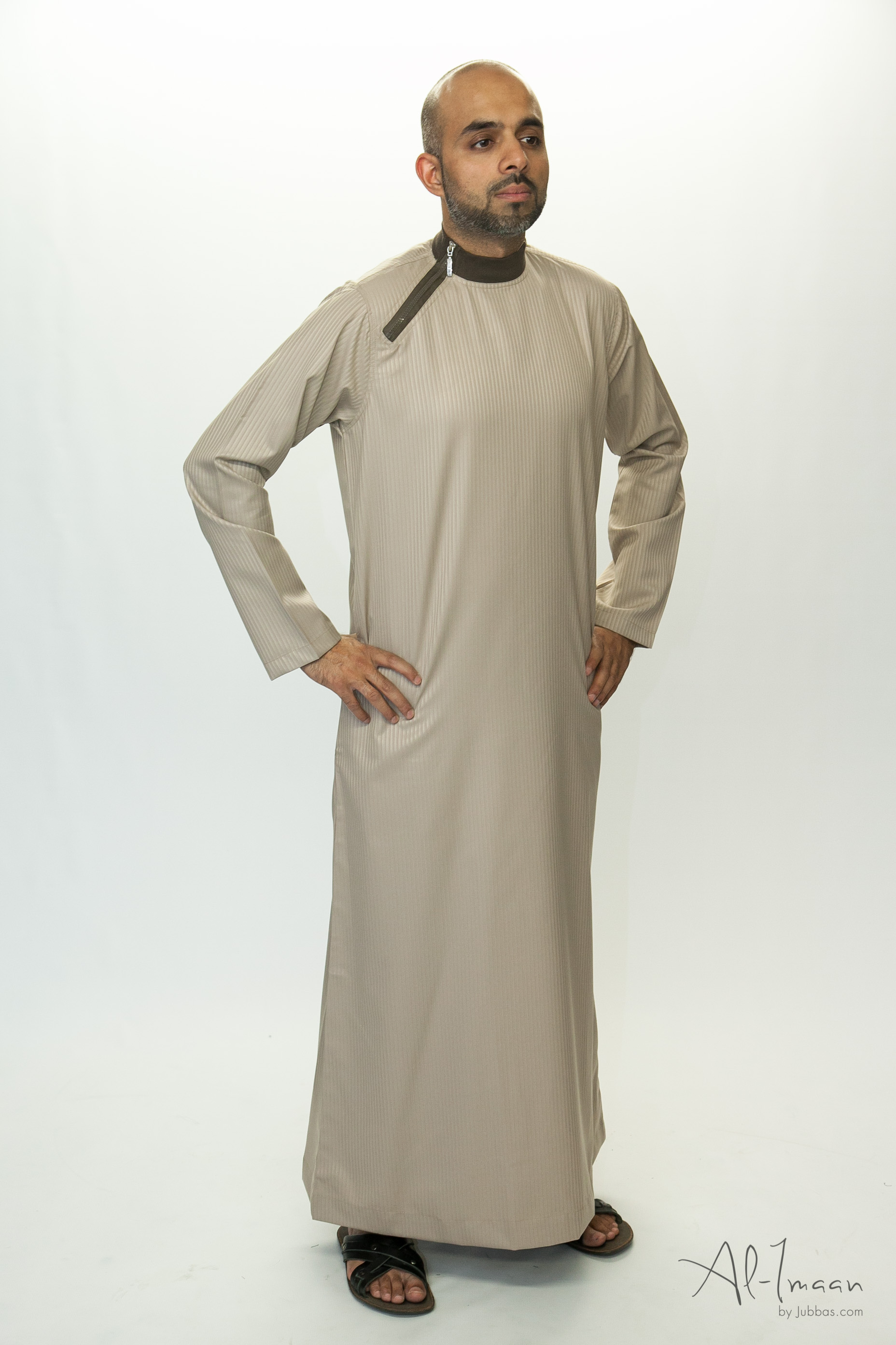 Side Zip Beige Islamic Thobe